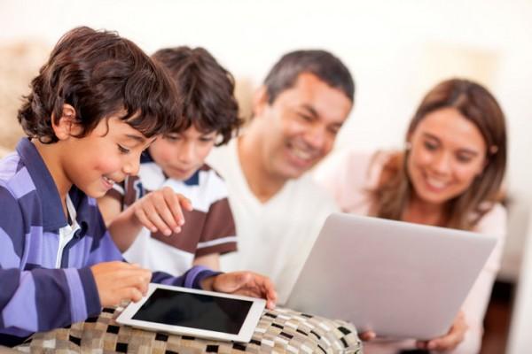 crianças_tablet