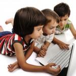 Será que as crianças devem ter acesso à Internet precocemente?