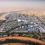 Cidade do futuro ganha vida no Deserto