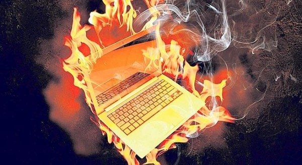 laptop-on-fire2