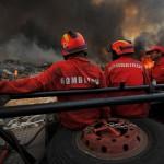 Conheça a melhor forma de ajudar os bombeiros