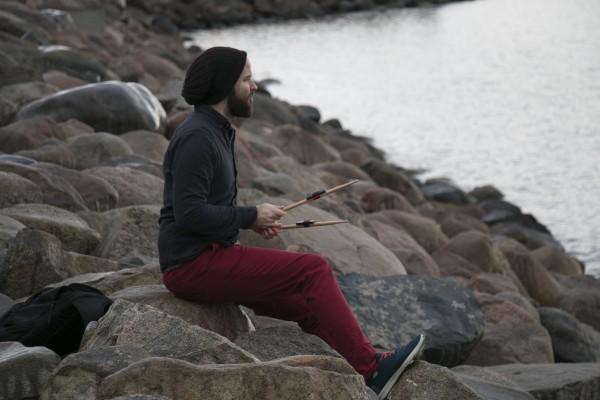 photo_drummer_on_beach