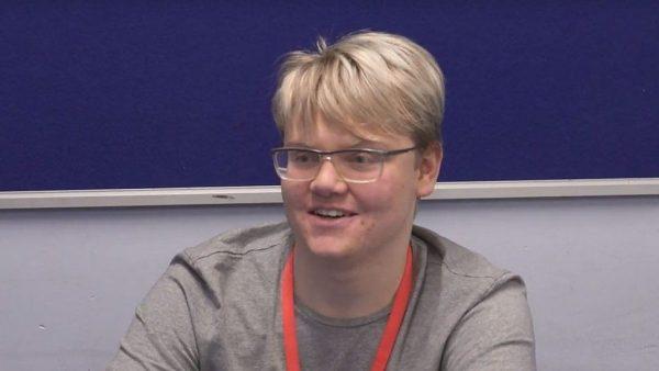 Adolescente britânica corrige erro em dados da NASA sobre radiação