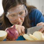 Bayer cria cebola que promete não fazer chorar