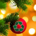 A magia da reciclagem transforma embalagens em presentes