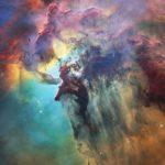 Hubble celebra 28.º aniversário com viagem pela Nebulosa da Lagoa
