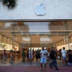 Apple com problemas em lojas devido às baterias dos iPhones