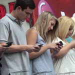 Smartphones como uma das causas para a infelicidade dos jovens